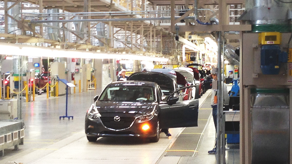 new manufacturing technology at mazda 39 s mexico plant. Black Bedroom Furniture Sets. Home Design Ideas